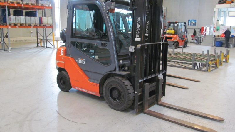 Forklift Driver Training and Certification
